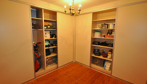 Solid Wood Wardrobes and Sliderobes